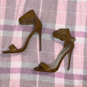 Steve Madden Marlenee Heels Size 8